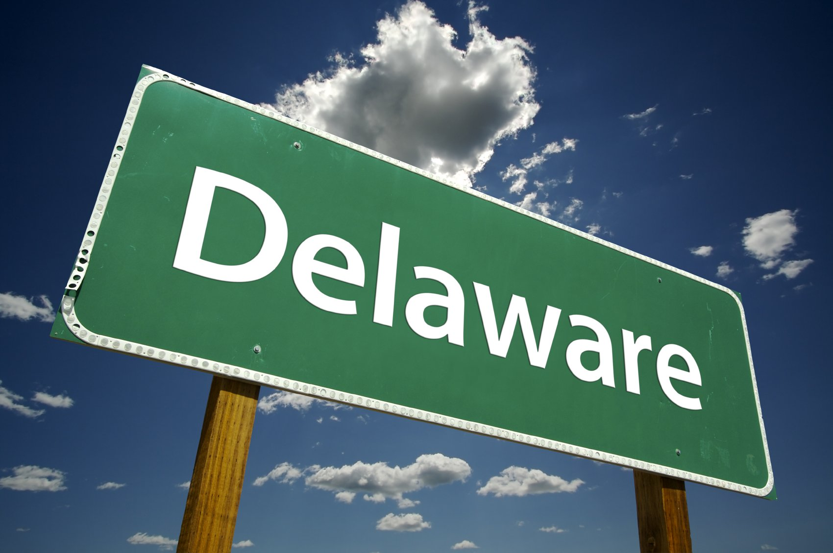 Should my company incorporate in Ohio or Delaware?